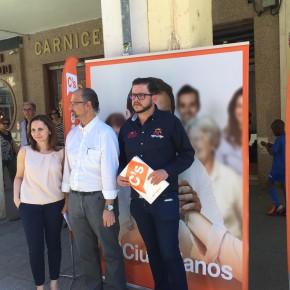 """Luis Fuentes: ' No se puede recortar en sanidad y educación, es un inmenso error"""""""