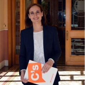 Pilar Vicente pide la desaparición de las Diputaciones
