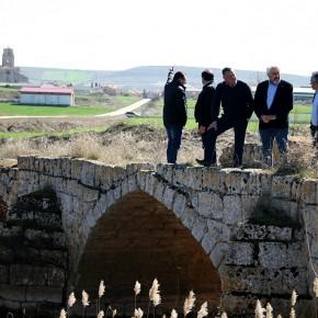 José Ignacio Delgado (Cs), se interesa por el estado del Patrimonio en Sasamón