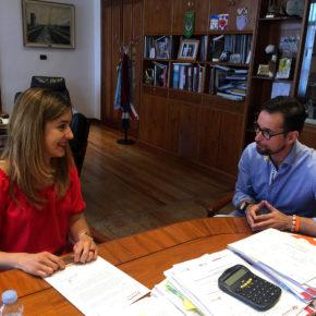 González califica de productiva su primera reunión con Aitana Hernando