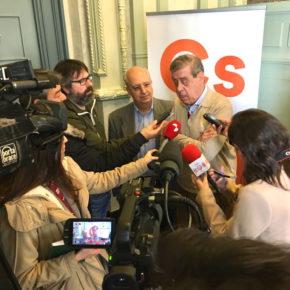 Sosa Wagner comparte sus impresiones sobre política nacional con afiliados y simpatizantes de Ciudadanos en Burgos