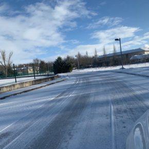 Ciudadanos exige a Diputación mayor atención en la limpieza de los accesos al complejo de Fuentes Blancas
