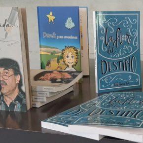 Pérez Pardo (Cs) recibe en nombre del IMC libros donados por ELACyl para bibliotecas municipales y centros cívicos